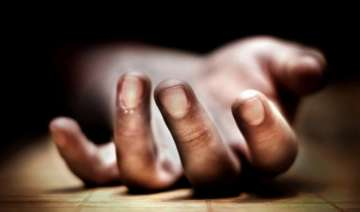 Man in Delhi dies after hitting bottle at head -...
