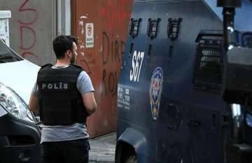 Istanbul detains 8 suspects over New Year gun...