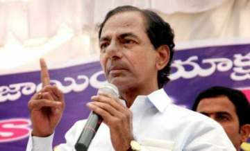 KCR to offer Rs 5 cr worth jewellery at Tirumala...
