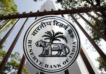 RBI not for free licensing of payments sector...