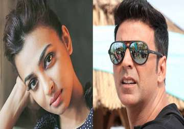 Radhika Apte and Akshay Kumar