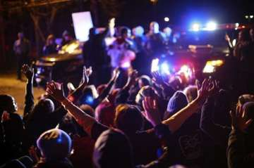 One killed, 14 injured in US nightclub shooting -...