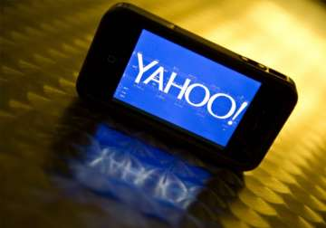 Two Russian spies charged in US for hacking Yahoo...