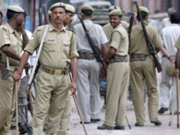 Communal clash erupts in Kanpur over Navratra...