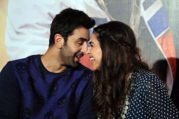 Ex-lovers Ranbir and Deepika to come together...