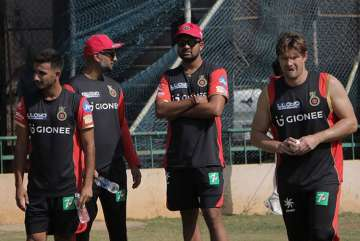 RCB take on Sunrisers Hyderabad in IPL 2017...