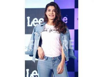 jacqueline fernandez denim fashion tips