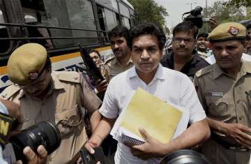 Kapil Mishra approaches CBI with 'proof' of money...