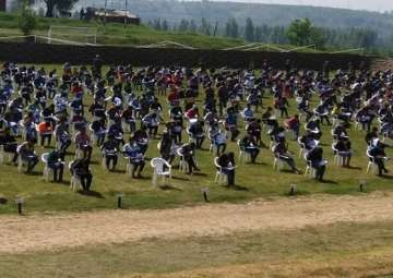 800 Kashmiri youths appear for Army exam - India...