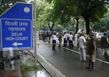 Delhi HC tells AAP govt to onsider grievances of...