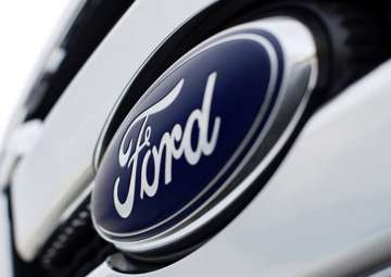 Ford offers discounts up to Rs 30,000 on...