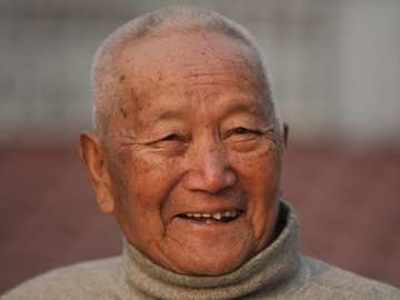 85-yr-old Nepal man dies trying to become oldest...