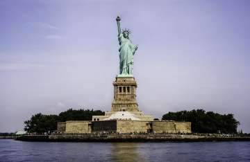 statue of liberty colour fact