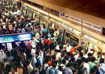 Three-times rise in pickpocketing in Delhi Metro;...