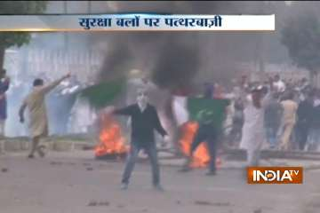 20 injured in Kashmir Valley as clashes, stone...