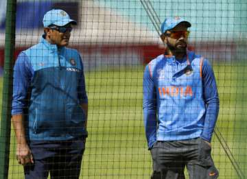 Anil Kumble and Virat Kohli during nets session -...
