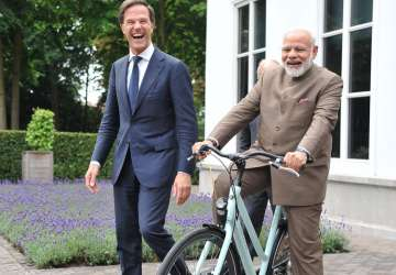 Dutch PM Mark Rutte gifts a bicycle to Narendra...