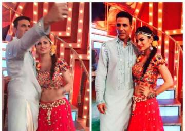 Mouni Roy, akshay kumar gold