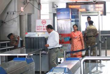 Man held for carrying live bullets at Delhi metro...