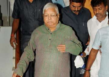 JD(U) on wait and watch as Lalu lands in fresh...