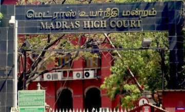 Madras HC issues notice to Centre on Puducherry...