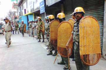 GJM activists torch TMC office in Kalimpong -...