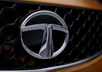 Tata Motors sales dip 8 pc in June - India TV
