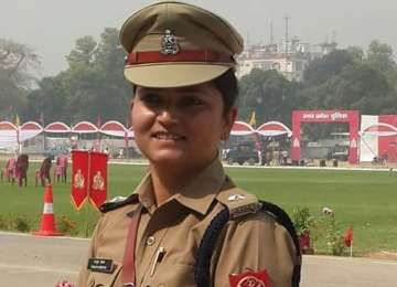 Bulandshahr woman cop Shrestha Thakur who took on...