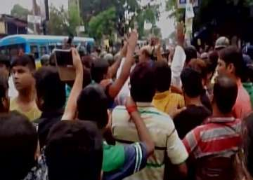 TMC-BJP supporters clash after RSS activist...
