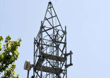 Telecom operators can be fined Rs 5 lakh over...