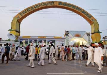 Dera sect appeals for calm, to appeal against Ram...