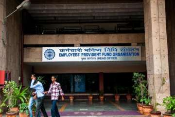 EPFO to go paperless by August 2018 - India TV
