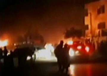 Powerful blast kills 17 people in Pakistan -...