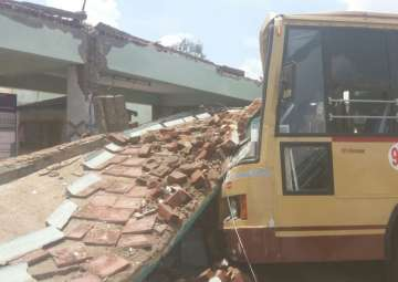 Coimbatore bus stand roof collapse - India TV