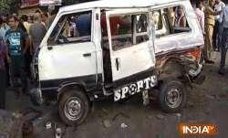 1 dead, 11 children injured in school van-tanker collision