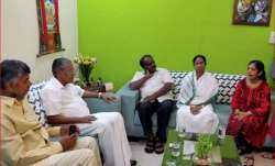 The four CMs during a meeting with wife of Delhi CM Arvind