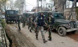 Grenade hurled at Pulwama police station