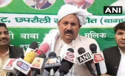 Naresh Tikait has said love marriage is unacceptable. Tikait is prominent Baliyan Khap leader.