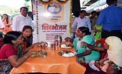 Rs 10 per plate 'Shiv Bhojan' launched in Maharashtra