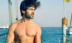 Kartik Aaryan dreamt of getting coronavirus vaccine. Here's what happened next