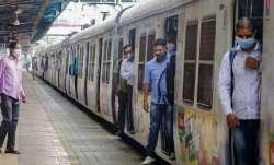 mumbai local trains coronavirus mask fine