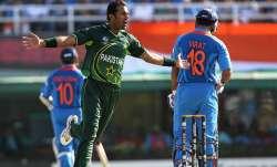 Wahab Riaz and Virat Kohli