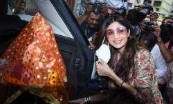 sShilpa Shetty brings Lord Ganesha idol home