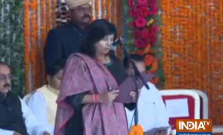 28 MLAs took oath as ministers in Madhya Pradesh