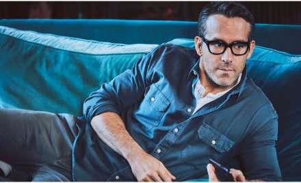 Ryan Reynolds crashes Hugh Jackman's 'X-Men' meet