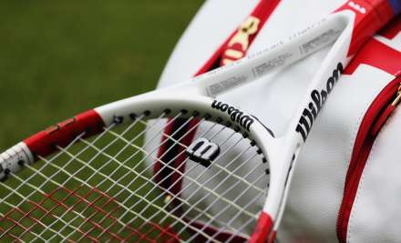 A representational image of tennis racket