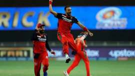 IPL 2021: RCB's Harshal Patel takes Most Valuable Player award after winning Purple Cap