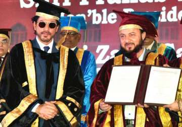Maulana Azad Urdu University confers honorary doctorate to