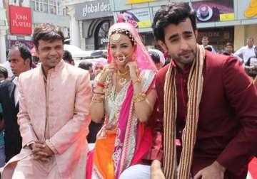 Baankey Ki Crazy Baraat: Rajpal Yadav and Tia Bajpai in laugh riot